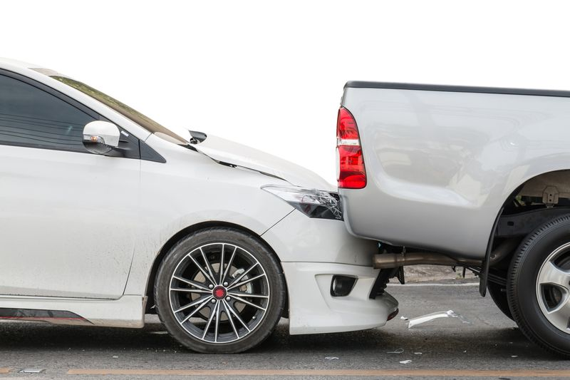 Who is liable in the event of a wreck?